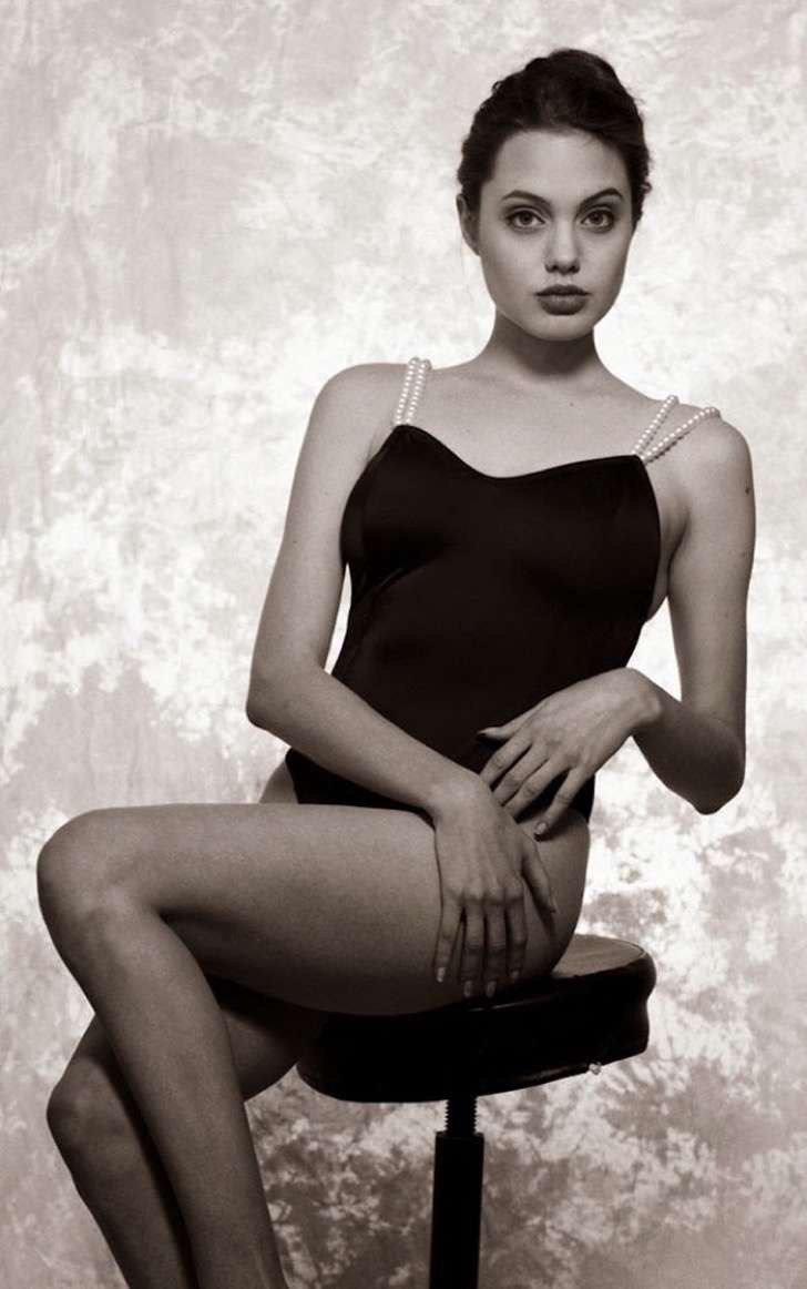 angelina-jolie-young-15-years-old-harry-langdon-20 2