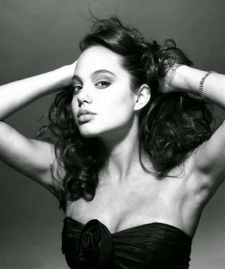 angelina-jolie-young-15-years-old-harry-langdon-21 2